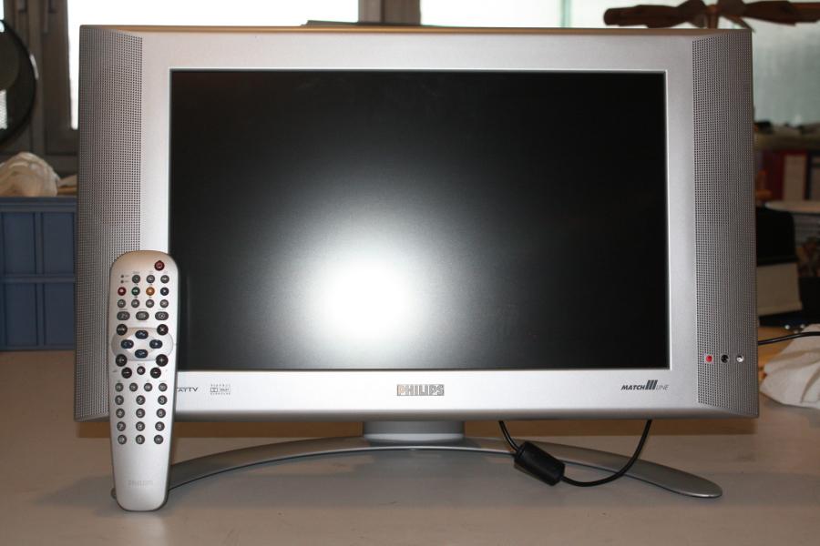 xxl verkauf freiburg s dbaden verwertungen versteigerungen tv video. Black Bedroom Furniture Sets. Home Design Ideas